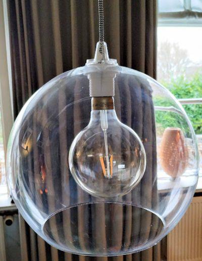 Verlichting in huis, hanglamp, ledverlichting, wintertijd, te donker in huis, TINT Styling